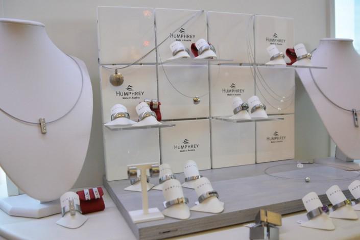 Humphrey Edelstahlringe mit Diamanten und Farbedelsteinen