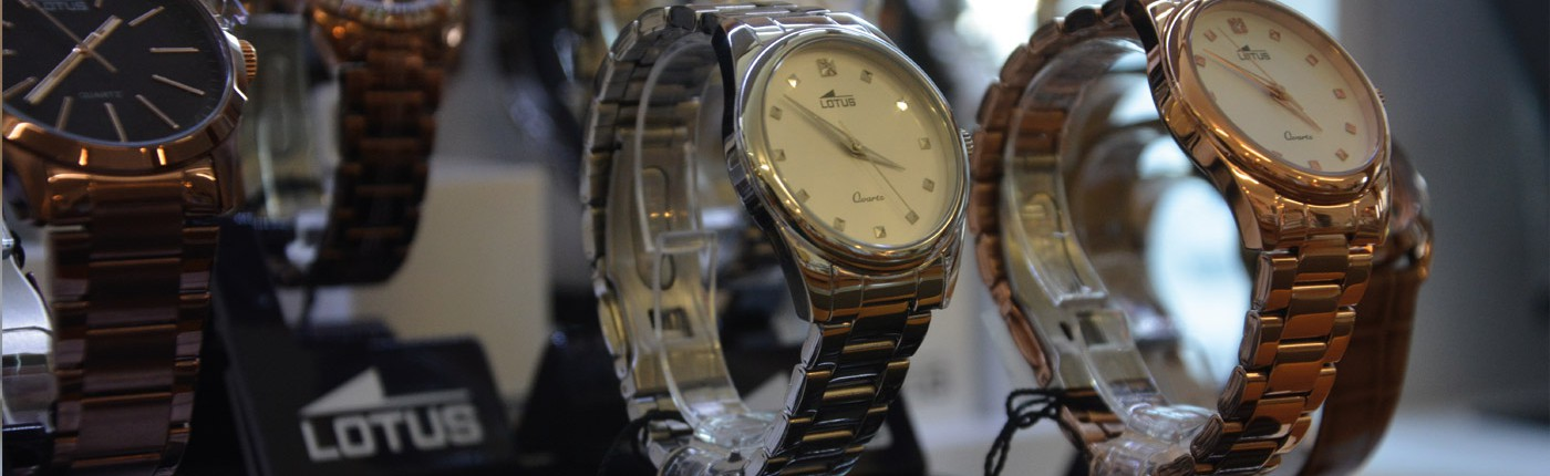 Juwelier adoro - Lotus Uhren