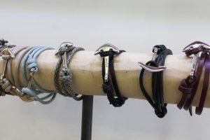 Hooked Armbänder