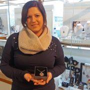Gewinnerin Julie Julsen Kette bei Juwelier adoro