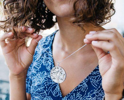 Julie Julsen Anhänger Lebensbaum Juwelier adoro