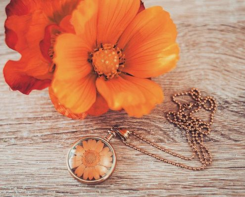 Blumenkind Anhänger Blatt Juwelier adoro Altenfelden