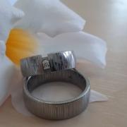 Humphrey Eheringe Damaszener Stahl Diamant Juwelier adoro