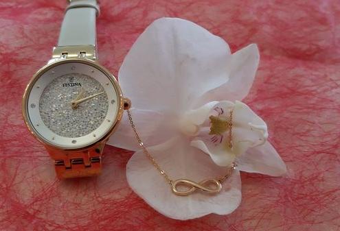 Infinity Kette Gold Uhr Festina adoro